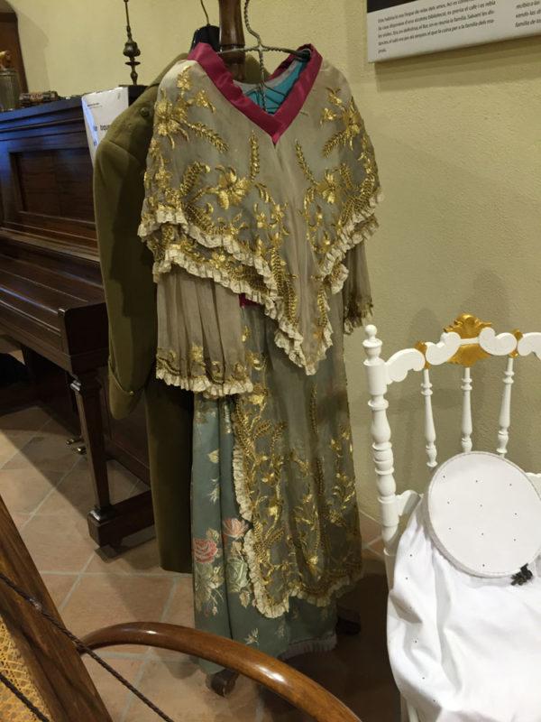 Taller sobre la indumentaria tradicional de época
